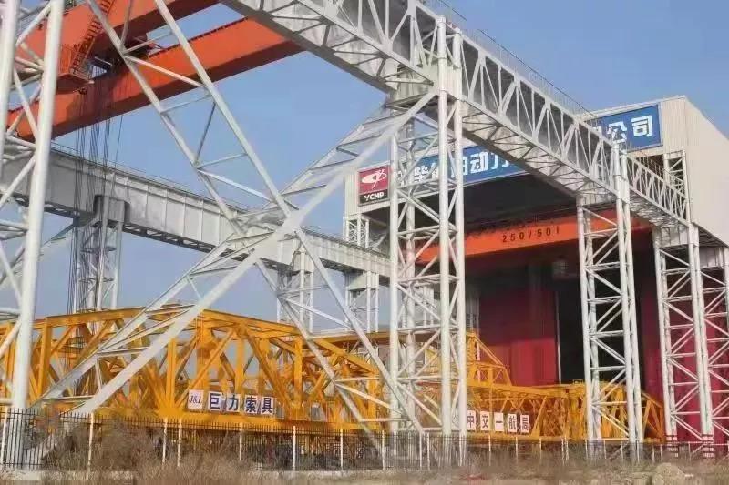 港珠澳大桥建设背后,欧宝体育竞猜船动创造多项世界级工程奇迹